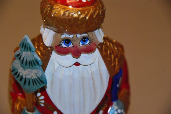 St. Nicholas Christmas Figurine with red cheeks and blue eyes