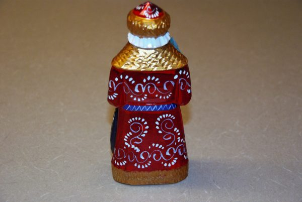 Full rear view of St. Nicholas figure